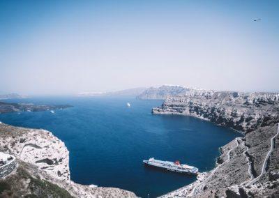 Athenee Importers Acroterra 02